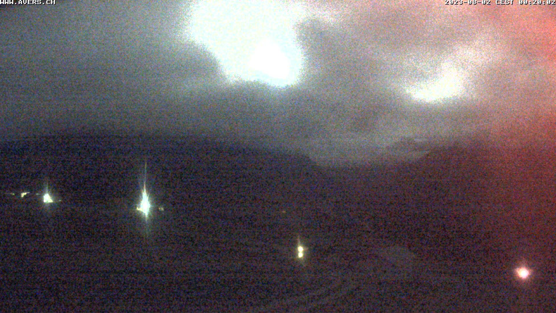 Grossansicht 00h - Avers Skilift Cavetta mit Sicht in die Bregalga.